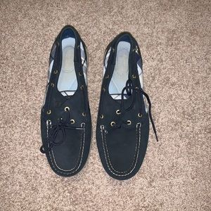Barely worn Sperry topsiders!